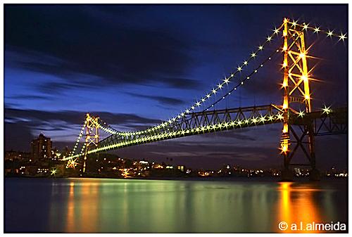 Nossa ponte! Nosso orgulho! (Só não passe em cima, pode cair).